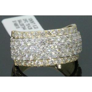 Nice men's 4.25 carat 10k yellow gold diamond ring